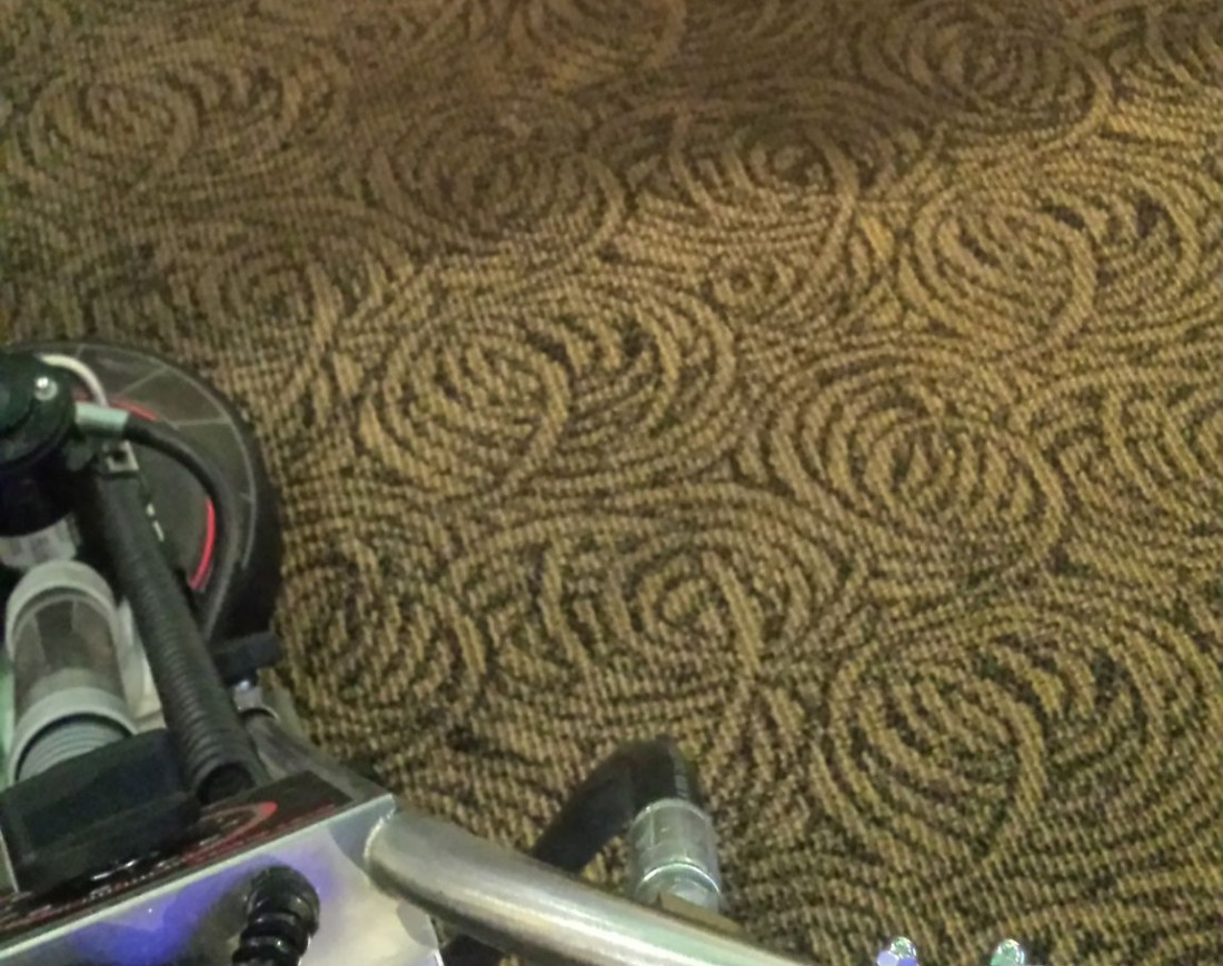 Home Carpet Cleaning Livonia MI - Upholstery, Furniture Cleaning | Greener Method - commcarpet